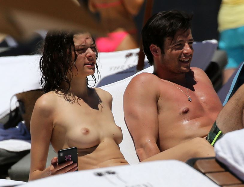 kate voegele topless