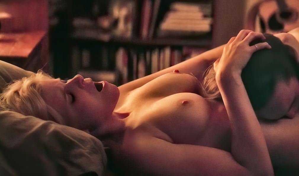 "Kate Mara and Ellen Page lesbian sex in ""My days of mercy"""