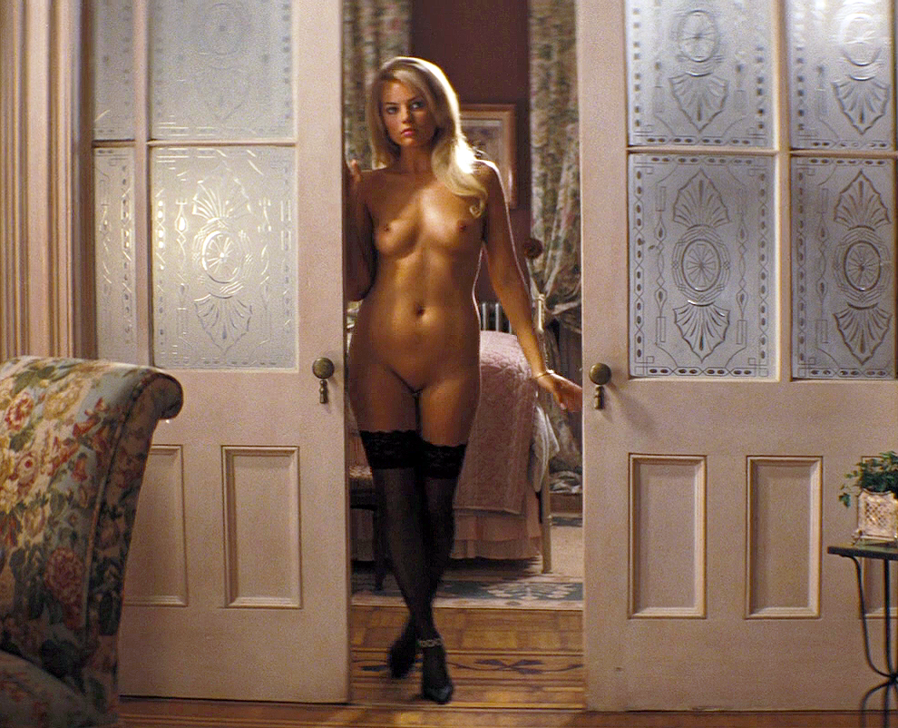 celeb Margot Robbie nude in wolf of wall street