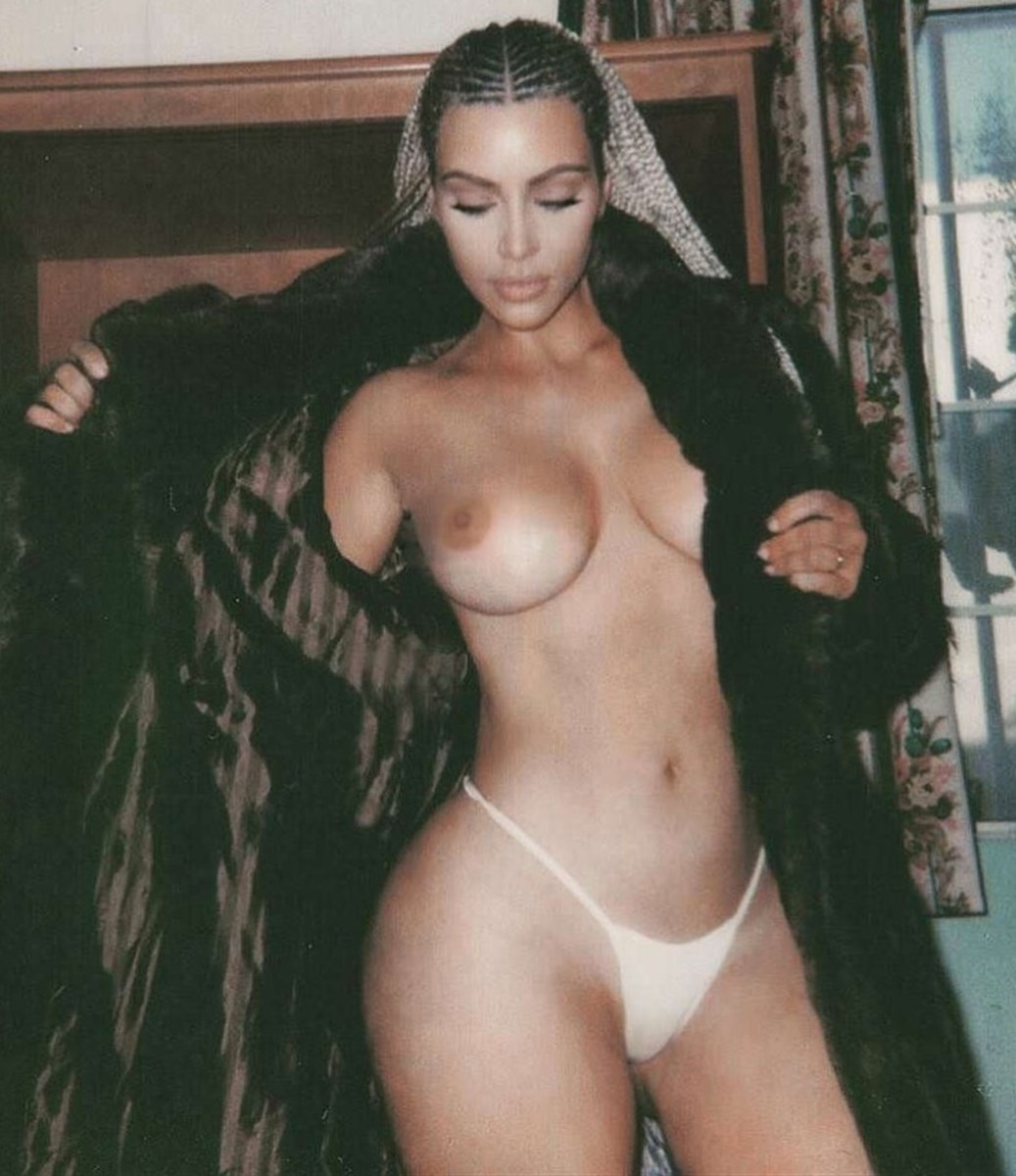 All kim kardashian nude and topless leaked selfies